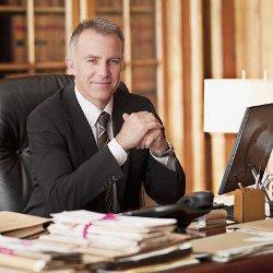 юрист, консультирующий на бесплатной основе