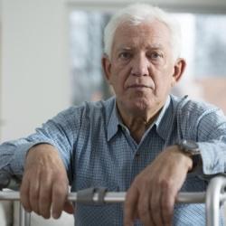 только имея заключение МСЭ инвалид 2 группы может рассчитывать на прибавку к пенсии