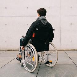 инвалидность-особый статус человека